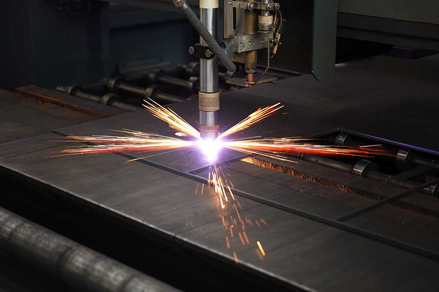 Plasma cutting metal